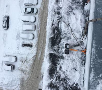 Уборка сосулек и снега