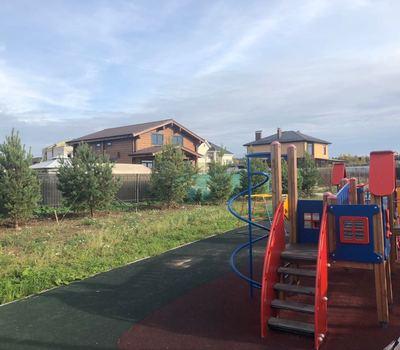 Обновлённая детская площадка. Октябрь 2018